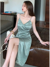 Wholesale Sexy V-neck Split Pleated Straps Dress