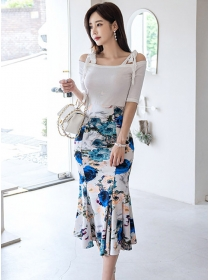 Pretty Boat Neck Cotton T-shirt with Flowers Long Skirt