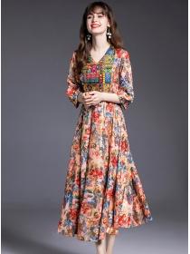 Retro Europe Embroidery V-neck Flowers Long Dress