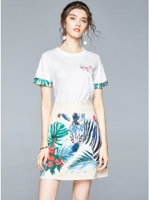 Europe Stylish Cotton T-shirt with Zebra Flowers Skirt