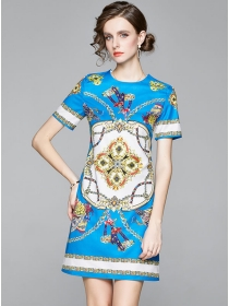Wholesale Europe Round Neck Flowers A-line Dress