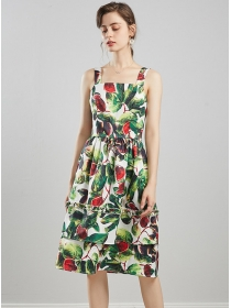 Europe Charming High Waist Flowers Straps Dress