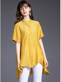 Fashion Europe 2 Colors Embroidery Dovetail Loosen Blouse