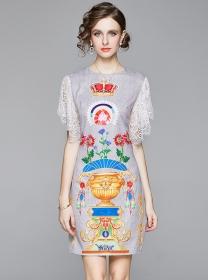 Europe Fashion Lace Sleeve Crown Printings Slim Dress