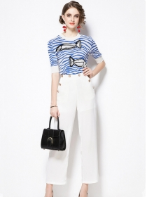 Fashion New Fishtail Stripes Knitting Tops with Cropped Pants