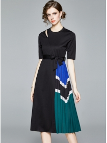 Quality Fashion Color Block Tie Waist Pleated Dress