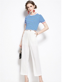Wholesale Stripes Knitting Tops with Ninth Pants