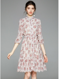Charming Europe Flowers Embroidery Lace A-line Dress