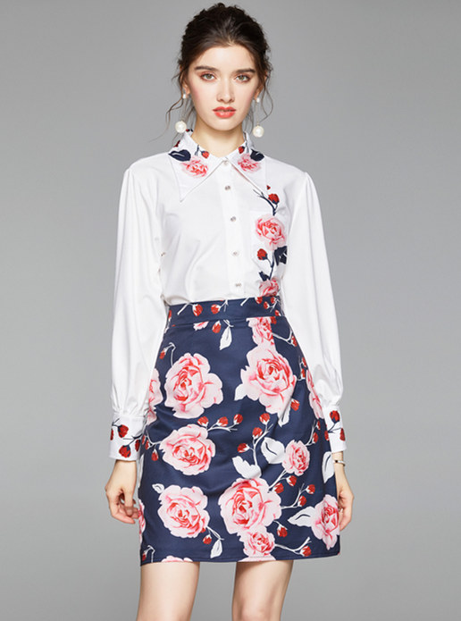 Retro Long Sleeve Loosen Blouse with Flower A-line Skirt