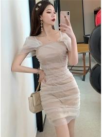 Wholesale 2 Colors Gauze Shining Pleated Slim Dress