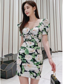 Pretty Fashion Square Collar Flowers Puff Sleeve Dress