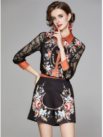 Europe Stylish Lace Sleeve Flowers Short Two Pieces Suits