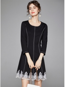 Quality Fashion Round Neck Lace Splicing Long Sleeve Dress