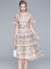 Quality Fashion Lace Flowers Embroidery Long Dress
