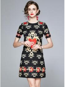 Europe Wholesale Hearts Flowers Short Sleeve Dress