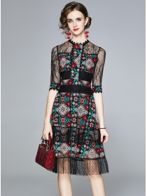 Retro Charming Flowers Embroidery Lace A-line Dress