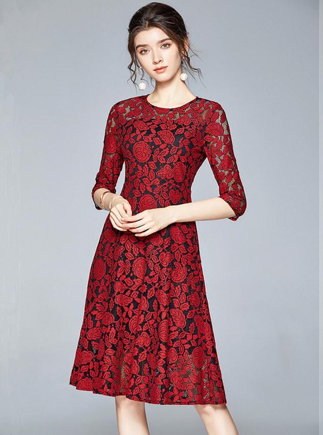 Wholesale Europe 2 Colors Flowers Lace A-line Dress