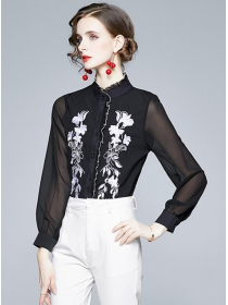 Chic Fashion Flowers Embroidery Chiffon Long Sleeve Blouse