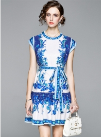 Europe Stylish Tie Waist Flowers Fishtail Tank Dress