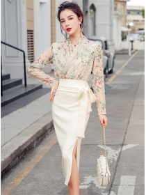 Grace Charming V-neck Flowers Blouse with Split Long Skirt