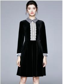 Europe Autumn Plaids Collar Velvet Long Sleeve Dress