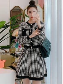 Korea Classic Buttons Open Plaids Knitting Dress Set
