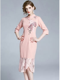 Retro Europe Flowers Embroidery Lace Fishtail Slim Dress