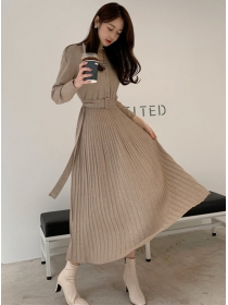Korea Wholesale 2 Colors V-neck Pleated Knitting Dress