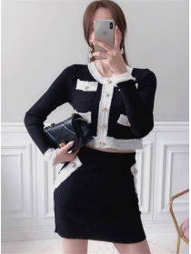 Modern Lady Buttons Color Block Knitting Dress Set
