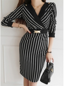 Wholesale Korea Tailored V-neck Stripes Bodycon Dress