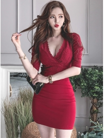 Sexy Fashion Lace Low Bust Skinny Pleated Dress