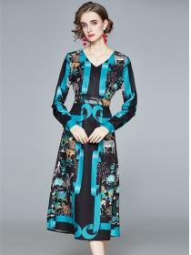 Europe Fashion V-neck Flowers Long Sleeve A-line Dress