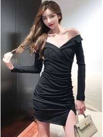 Sexy Wholesale Boat Neck Pleated Slim Long Sleeve Dress