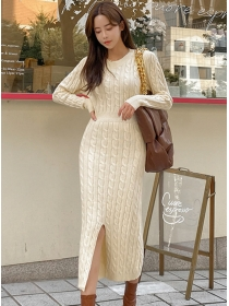 Fashion Autumn Round Neck Twisted Slim Knitting Dress