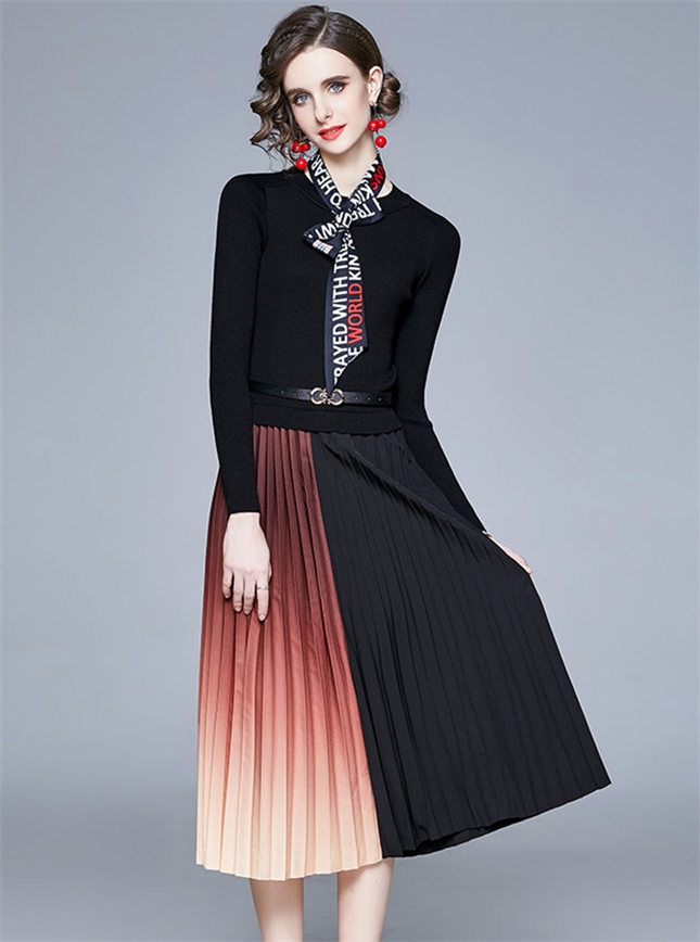 Retro Fashion Knit Splicing Color Block Pleated Dress