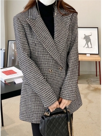 Fashion Lady Tailored Collar Double-breasted Plaids Coat