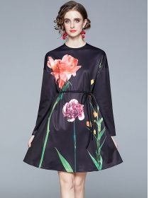Europe Stylish Round Neck Tie Waist Flowers Loosen Dress