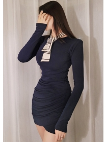 Wholesale Korea Round Neck Pleated Slim Knitting Dress
