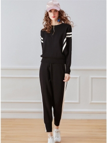 Autumn New 2 Colors Stripes Batwing Knitting Long Suits