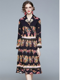 Retro Fashion Tailored Collar Double-breasted Flowers Dress Set