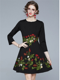 Modern Lady Round Neck Flowers Embroidery A-line Dress