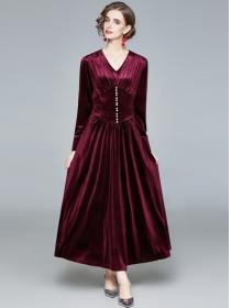 Quality Fashion Beads Fitted Waist V-neck Velvet Long Dress
