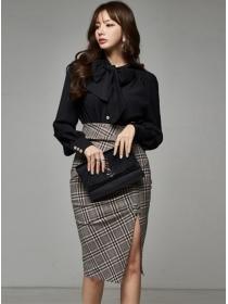 Modern Lady Tie Collar Blouse with High Waist Plaids Skirt