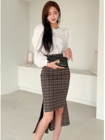 Vogue New Pleated Puff Sleeve Blouse with Fishtail Plaids Skirt