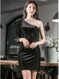 Fashion Sexy Off Shoulder Pleated Slim Velvet Dress