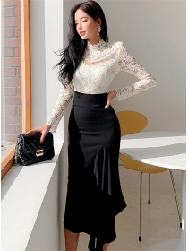 Spring New Lace Flowers Blouse with Fishtail Slim Long Skirt