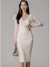Korea Spring New 2 Colors Lace Flouncing V-neck Slim Dress