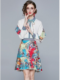 Europe Stylish Puff Sleeve Blouse with Flowers Skirt