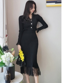Korea Spring Buttons V-neck Lace Fishtail Knitting Dress Set