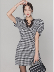 Classic Fashion Lace V-neck Houndstooth Puff Sleeve Dress